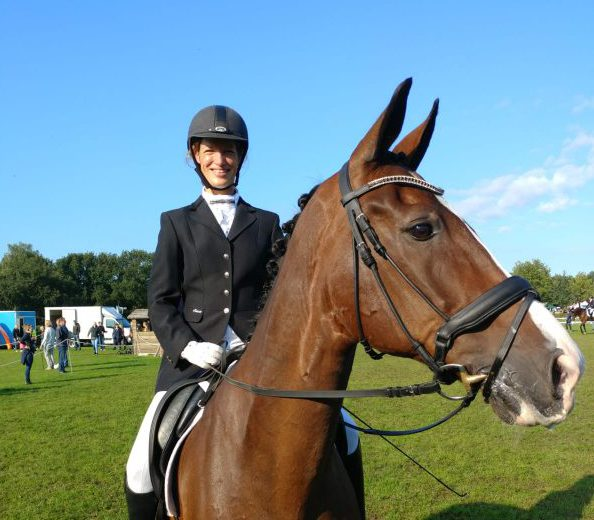 Lotte Schut en Sabiene Berberian-Goudriaan 4e en 5e op Hippiade!